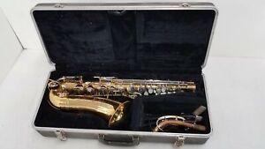 Selmer Bundy Alto Saxophone w/Case