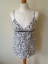 LEE LADIES WHITE FLORAL TOP SIZE S