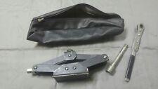 Jack scissor De Tomaso Pantera ratchet tools kit Maserati Indy no Ferrari