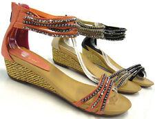 Damen-Sandalen & -Badeschuhe mit Keilabsatz/Wedge im Knöchel-/Fesselriemen-Stil aus Kunstleder für Kleiner Absatz (Kleiner als 3 cm)