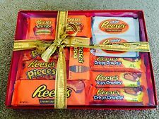 CHRISTMAS Reese's Hamper 11 Bars! Big Cup, Pieces, Sticks Peanut Butter US Candy