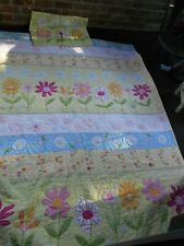 Pottery Barn Kids Daisy Garden Twin Size Quilt and Sham