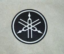patch yamaha noir 7.5cm, broder et thermocollant