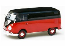 Motor Max 1:24 Display Volkswagen Type 2 (T1) Delivery Van 74342D Black Red