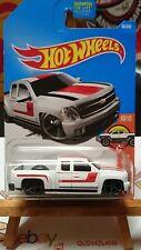 hot wheels Chevy Silverado 2016-060 (9983)