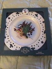 Lenox 1997 Annual Limited Edition Disney Christmas Trio Mickey and Minnie Plate