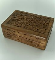"VINTAGE HAND CARVED INDIAN WOODEN TRINKET / JEWELLERY BOX, SNUG FITTING 6""x4"""