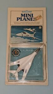 1/400 Bachmann Mini-Planes 95 North American Rockwell B-1 Bomber w Card New Rare