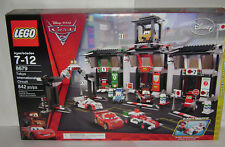 NEW 8679 Lego DISNEY Cars 2 Tokyo International Circuit Building Toy RETIRED A