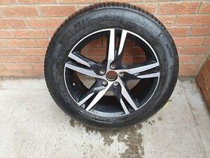 "Lexus 18"" Alloy wheel and Yokohama Blue Earth 235/55 R 18 tyre. To Refurbish"