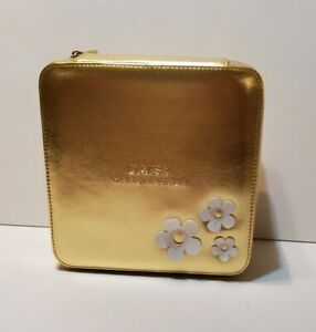 Marc Jacobs Daisy Gold Makeup Case Square Tote Box Fragrance Perfume Zipper