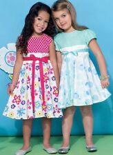 McCall Kinder Näh-Kleider