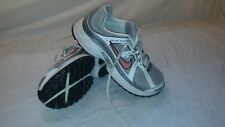 WOMENS NIKE COMPETE2 PINK SILVER WHITE LACED ATHLETIC TENNIS SHOE 386776-061 Sz7