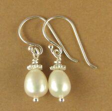 Pearl and silver teardrop earrings. Small. Sterling 925. Real pearls. Handmade