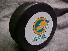NHL Vintage California Golden Seals Logo In GlasCo Official Souvenir Hockey Puck
