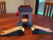 Thomas the Tank Engine Castle Bridge