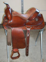"DAKOTA PLEASURE OR TRAIL WESTERN HORSE SADDLE GENUINE LEATHER 14"" SEAT FQHB NICE"