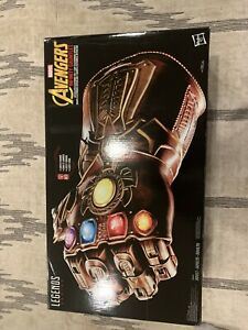 """Marvel Legends Thanos' Infinity Gauntlet Electronic Collectable """"New"""""""