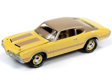 Johnny Lightning 1 64 Muscle Cars USA 2019 Release 3 Version a - 1970 Oldsmobile