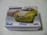 Revell Performance Chevy SSR 1/25 Scale Model Kit #85-7691 - New - Sealed