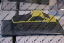 Neo Opel Manta TE 2800 Yellow / Black in 1:43 scale 44130
