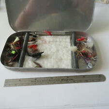 """FLY FISHING LURE  ALUMUNUM 6½"""" X 3¼""""  FLY BOX WITH ABOUT 20 BAITS"""