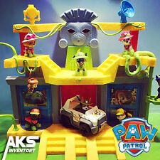 PAW Patrol Jungle Rescue Monkey Temple Playset with Tracker Pup Figure & Vehicle