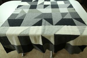 FLAWS Georg Jensen Damask Knit Wool Throw Blanket Geometric Grey Black 41 x 68