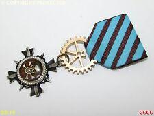 Steampunk badge brooch pin drape Medal enamel pirate skull crossbones totenkopf