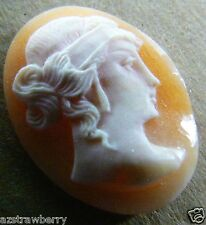 Vintage hand carved stone Italian Cameo loose gioielleria for pin ring pendant