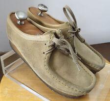 Women's sz 8.5 khaki suede Clarks Originals Wallabees casual lace up shoes 629