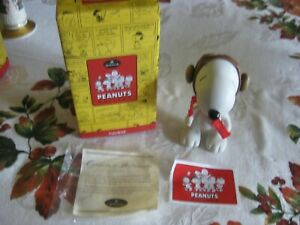 HALLMARK PANUTS GALLERY 2000 SNOOPY PORCELAIN JOINTED FIGURINE LIMITED EDITION