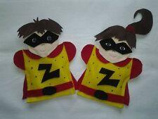 Superhero SuperTwinZ Zuce & Zena puppets