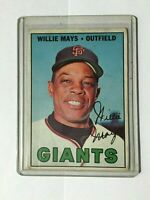 1967 TOPPS #200 WILLIE MAYS SAN FRANCISCO GIANTS