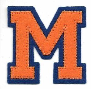 6.3cm x 6.3cm Orange Bleu Bloc Letterman's Lettre M Feutre Patch