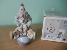 LLADRO 5813 'Having a Ball' Clown/ Ball, Mint Condition, Boxed, Retails at £180