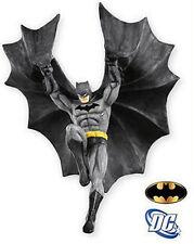 HALLMARK_DC Collection_Descending Upon Gotham BATMAN Ornament_2011 Con Exclusive