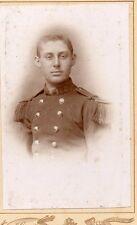 3/ PHOTO CABINET 1880 Soldat en tenue