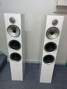 Bowers & Wilkins  B&W 704 S2, Floor Standing Speakers (Pair), White
