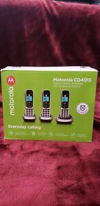 Motorola CD4013 Digital Cordless Phone with Answering Machine - FREE SHIPPING!!!