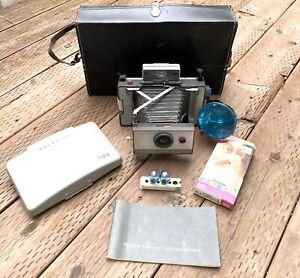 Vintage Polaroid Land Camera Automatic 103 w/Original Case & More! Nice!