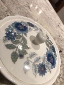 Wedgewood Clementine Bone China lidded trinket box. Immaculate.