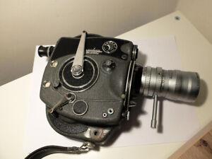 BEAULIEU R16 REFLEX CONTROL + ANGENIEUX 17-68/2.2   16mm movie camera