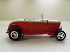 JOHNNY LIGHTNING - HOT ROD MAGAZINE - 1932  '32 FORD ROADSTER STREET ROD (LOOSE)