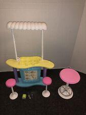 Barbie Scoop N Swirl Ice Cream Shop Play Set 88706 Mattel 2000 Playset