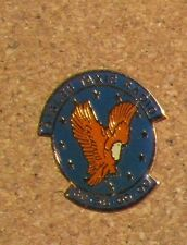 D4 VINTAGE PIN EAGLE AIGLE BIKER EMBLEM LOGO CAR MOTO ANIMAL BIRD TAXI NO 22