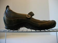 Women's MERRELL Distressed Plaza Emme Brown Mary Jane Slip-On Shoe Button Sz 8