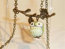 Collane e pendagli di bigiotteria verde in ceramica