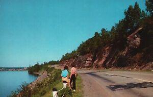 Vintage Postcard Red Rocks Drive Between L'Anse & Baraga Upper Peninsula MI