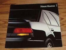 Original 1990 Nissan Maxima Deluxe Sales Brochure 90